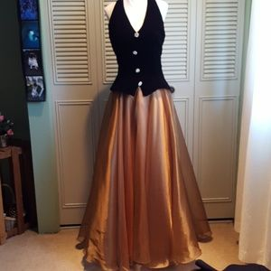 Gorgeous velvet-Satin Gown with rhinestone buttons